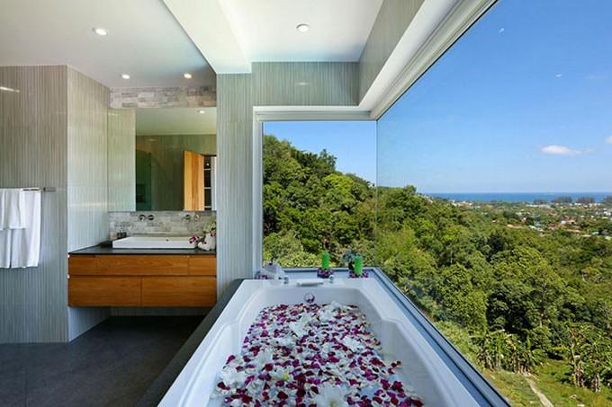 TOP 10 BEAUTIFUL BATHROOMS VIEWS bathrooms views TOP 10 BEAUTIFUL BATHROOMS VIEWS Bathrooms with Views 47 1 Kindesign