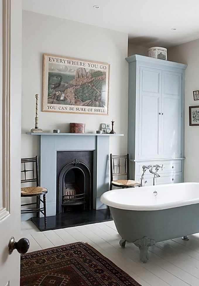 15 Bathrooms with fireplace luxury bathrooms 15 Luxury Bathrooms with Fireplaces Classic Period Bathroom