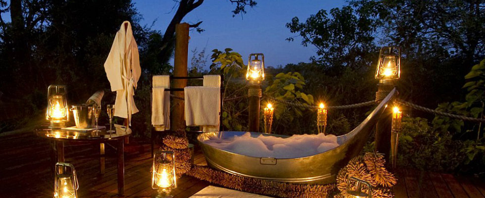 Top 10 Most Amazing Hotel Bathrooms in the World_9Sanctuary Baines' Camp in Botswana0 hotel bathrooms Top 10 Most Amazing Hotel Bathrooms in the World Top 10 Most Amazing Hotel Bathrooms in the World 9Sanctuary Baines    Camp in Botswana0