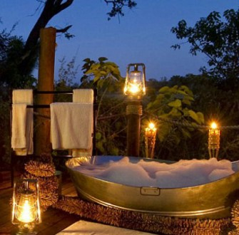 Top 10 most expensive hotel bathrooms in the world for Best bathrooms in the world