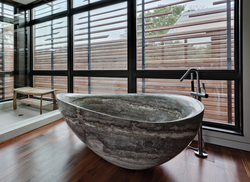 Luxury bathubs in luxury bathrooms stone forest maison for Forest bathroom ideas