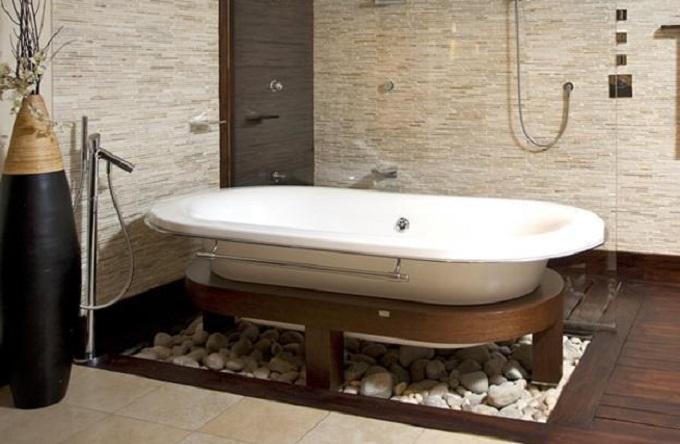 1 Luxury Bathrooms: Freestanding Bathtubs Define Luxurious Trends To Modern  Bathrooms 12
