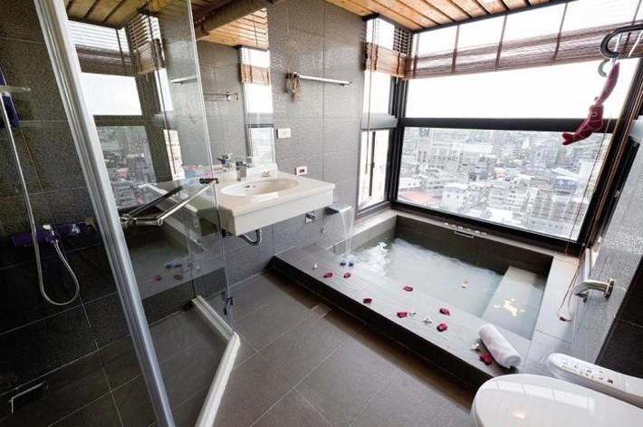 Modern-bathroom-with-large-tile-700x464  Luxury Bathrooms with Spa's Touch Modern bathroom with large tile 700x464
