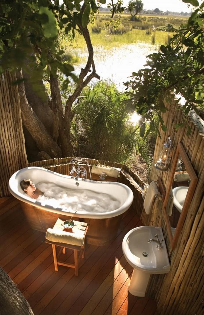 modern bathrooms maison valentina  modern bathrooms Sunlight Gorgeous and Modern Bathrooms Rustic bath in wetland