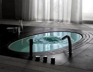 perfect bathtub for luxury bathroomS