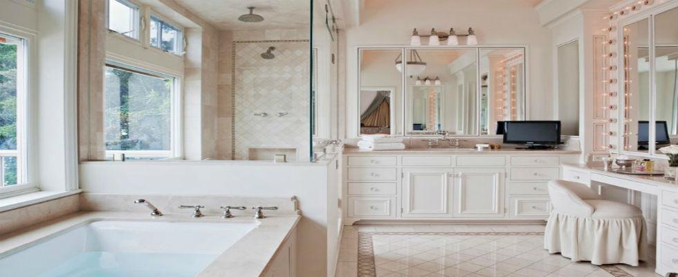 Dream Bathrooms: Top 10 Amazing Dressing Tables