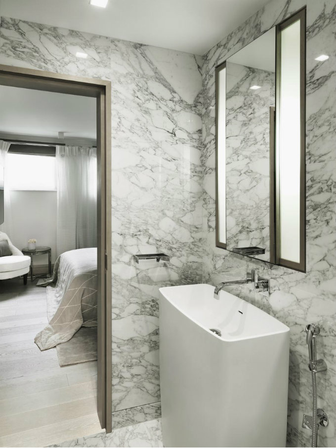 Top Interior Designers in the United Kingdom with bathroom projects