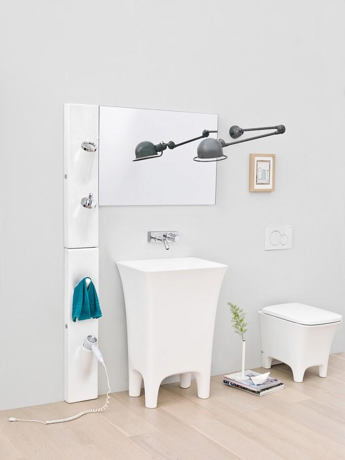 16 Small Bathrooms Design Solutions