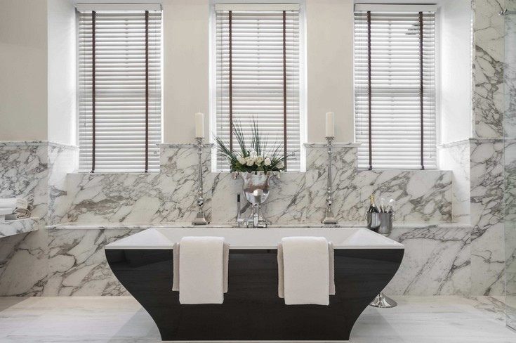 stand-alone-acrylic-bathtubs bathroom design Luxury Bathroom Design with Silver Accents stand alone acrylic bathtubs