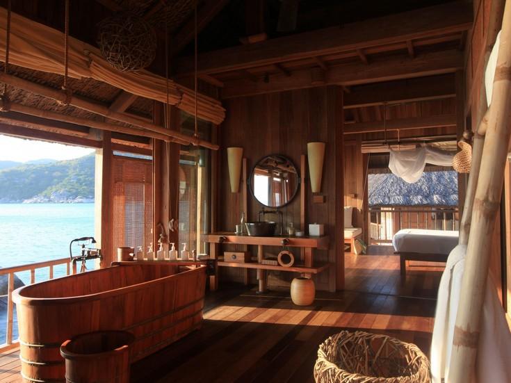 wooden bathtubs ideas for your luxury bathroom