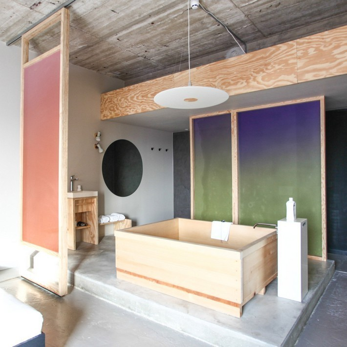 10 minimalist bathrooms that have barely anything in them  10 Extreme Minimalist Bathrooms with Essential Accessories 10 minimalist bathrooms that have barely anything in them 2