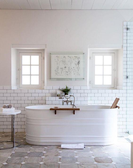 Country Chic Decor 5 Bathroom Ideas For A Country Chic Decor ceef3b3970f46095b9d6010b4081982b