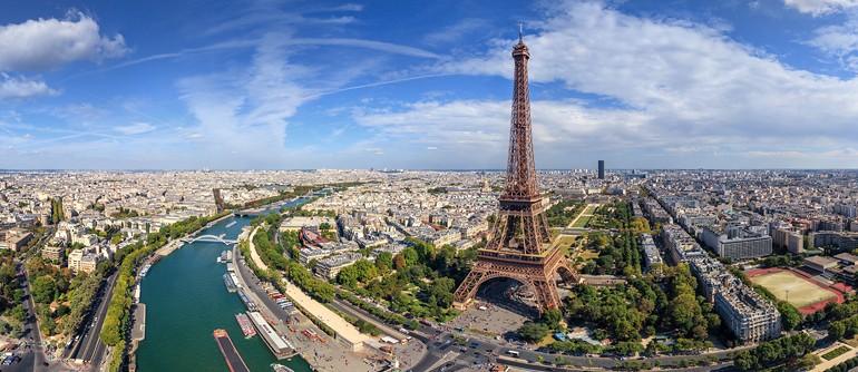 Reasons to Visit Paris  Reasons to Visit Paris Reasons to Visit Paris Aside Visiting Maison et Objet 2018 eiffel tower big
