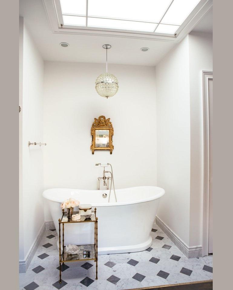 Opulent Bathroom Decor Ideas For Antique Lovers Opulent Bathroom Decor Ideas For Antique Lovers Luxury Bathroom Decor Ideas For Antique Lovers