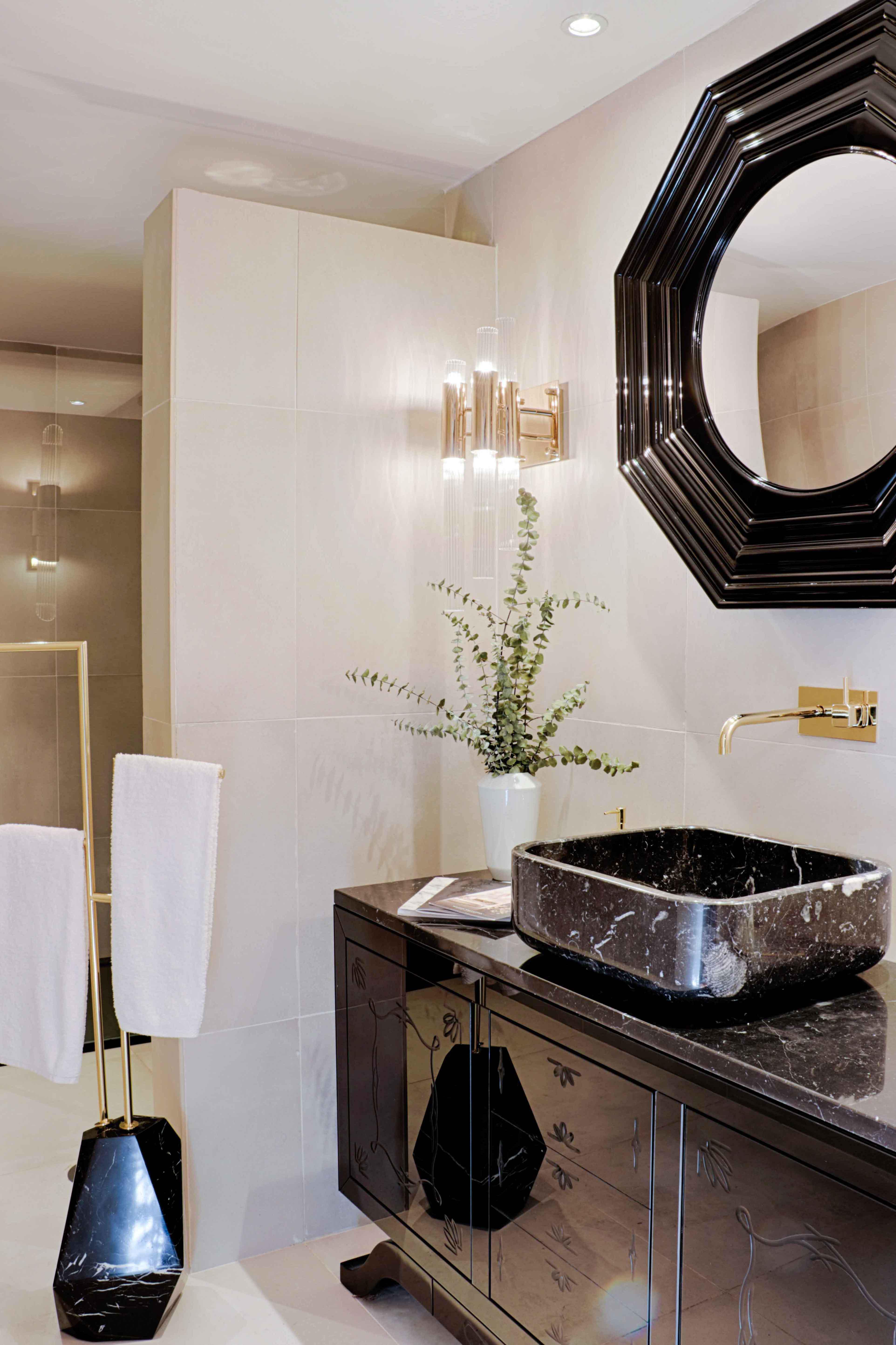 black marble,luxury bathrooms, marble bathroom  black marble Join the Dark Side: Black Marble for Luxury Bathrooms 44 covet house bathroom 1 HR