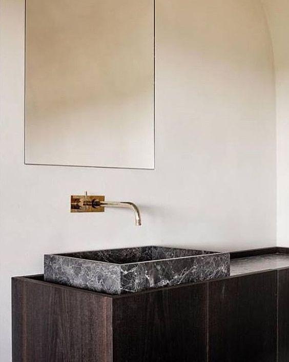 black marble,luxury bathrooms, marble bathroom  black marble Join the Dark Side: Black Marble for Luxury Bathrooms black marble bathrooms 6